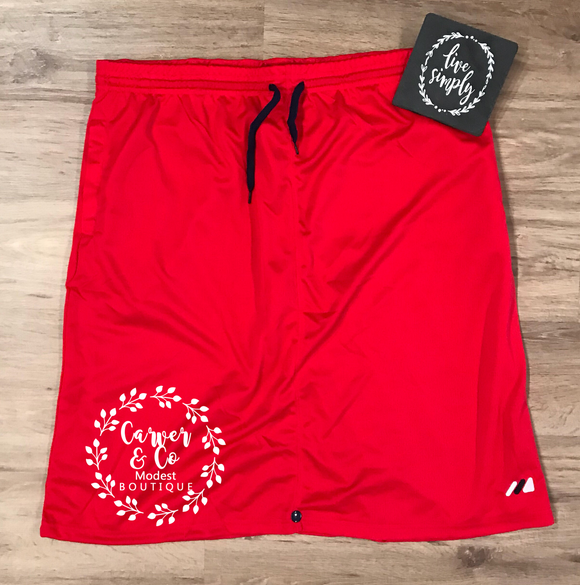 Athletic Skirt Plus in Red