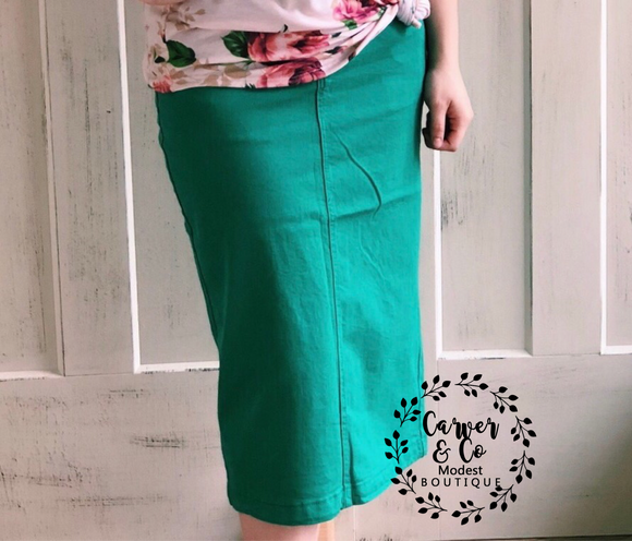 """Britt Nicole"" Green Plus Denim Skirt"