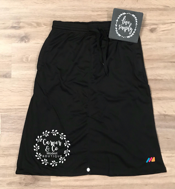 Athletic Skirt Plus in Black
