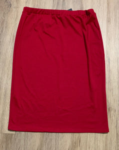 Perfect Pencil Skirt in Dark Red