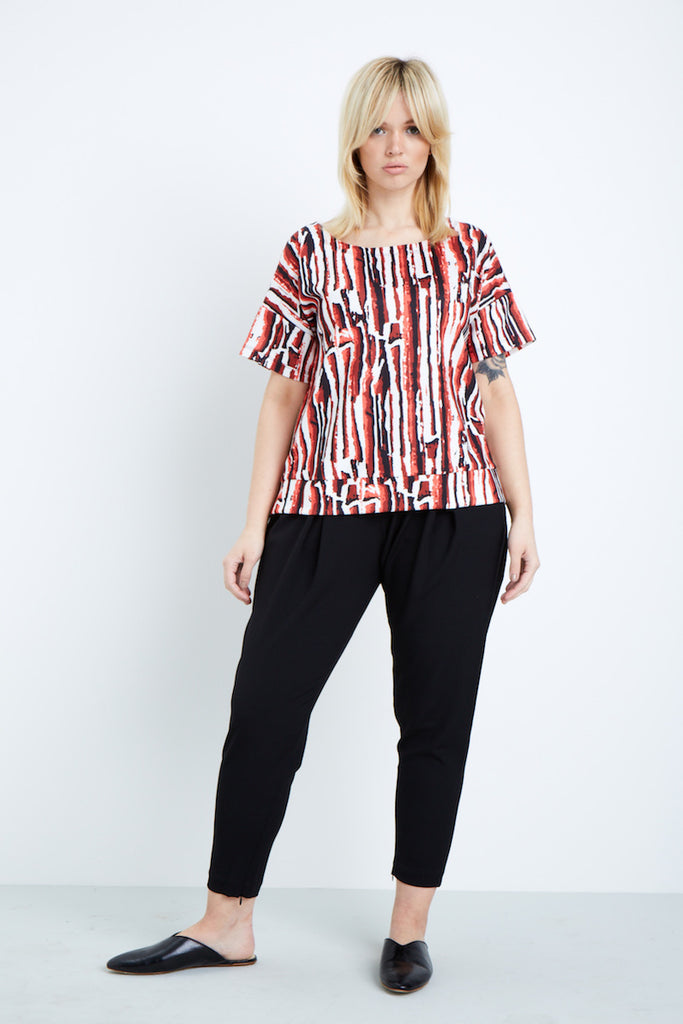 Shegul White Black Red Lava Printed Tee plus size Cover Story
