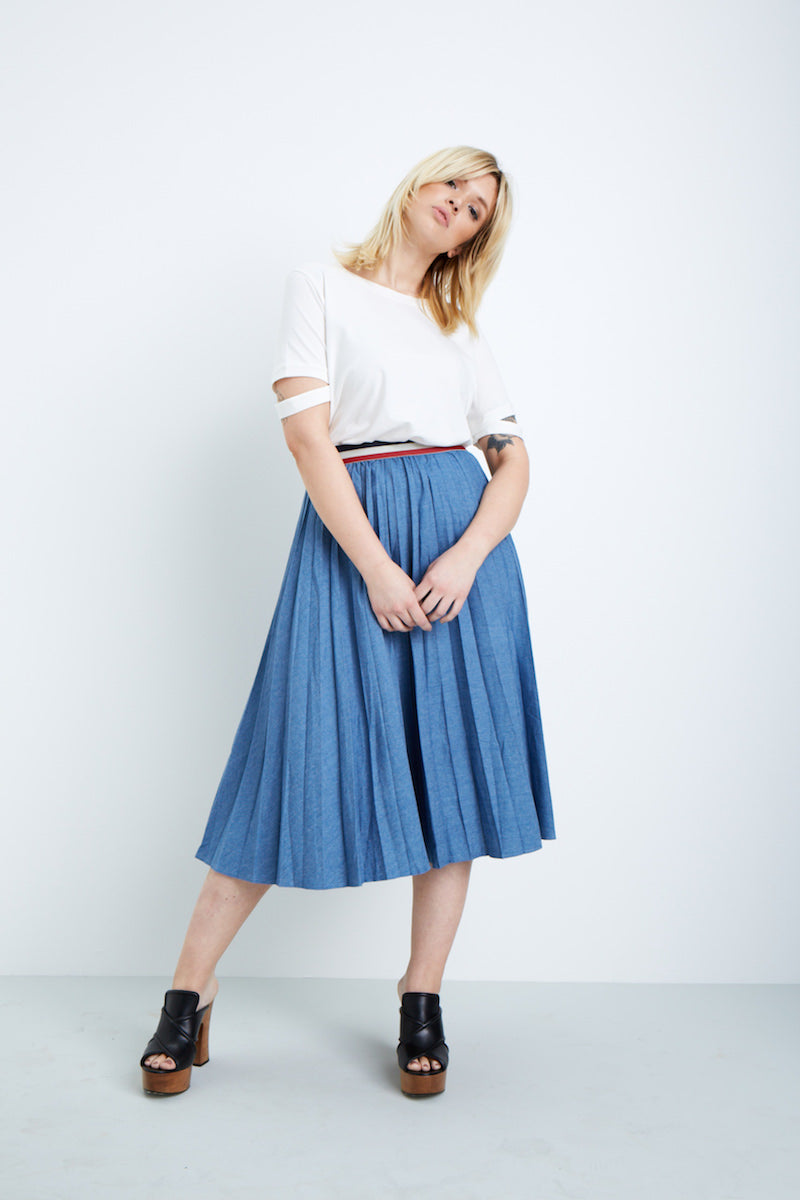 Elvi denim pleated skirt plus size coverstory