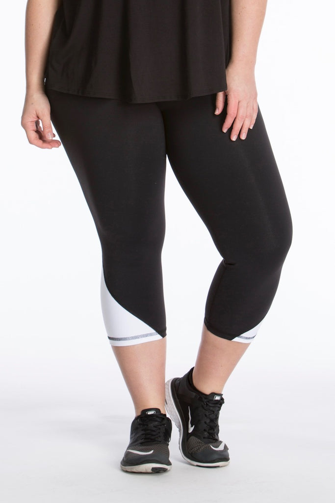 lola getts skinny colorblock capri black white plus size