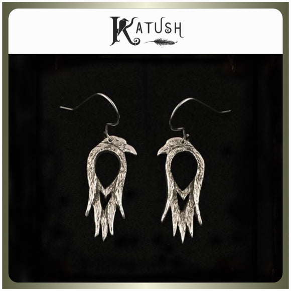 Raven's Stare earrings