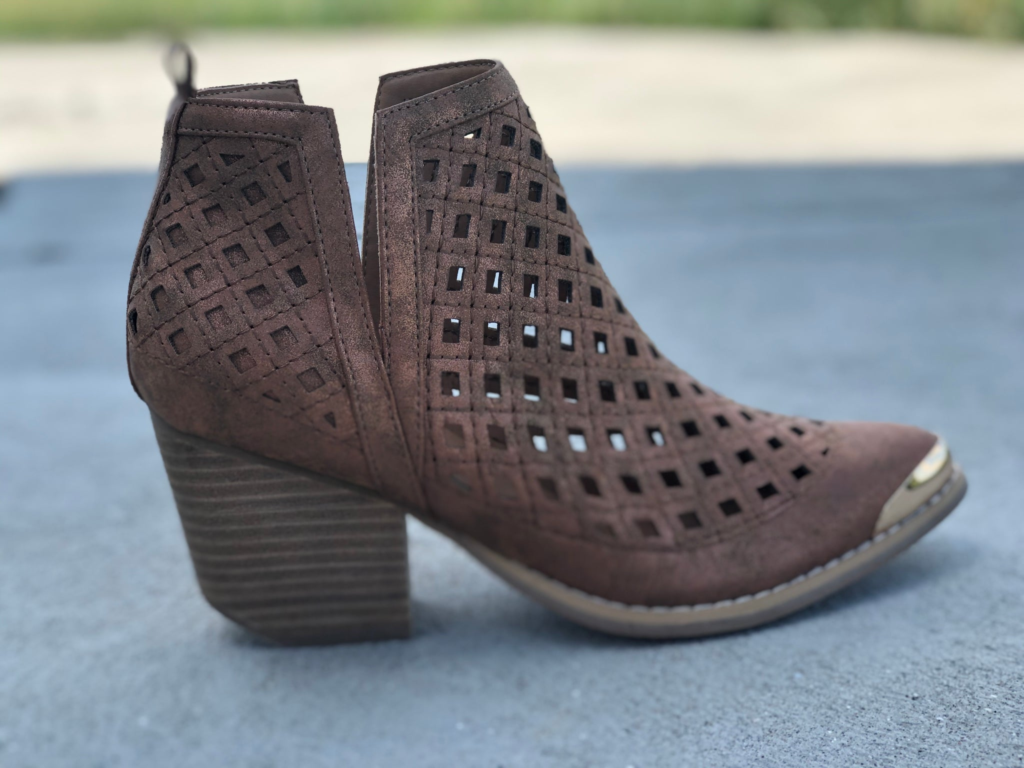 Nashville Whiskey Metallic Booties