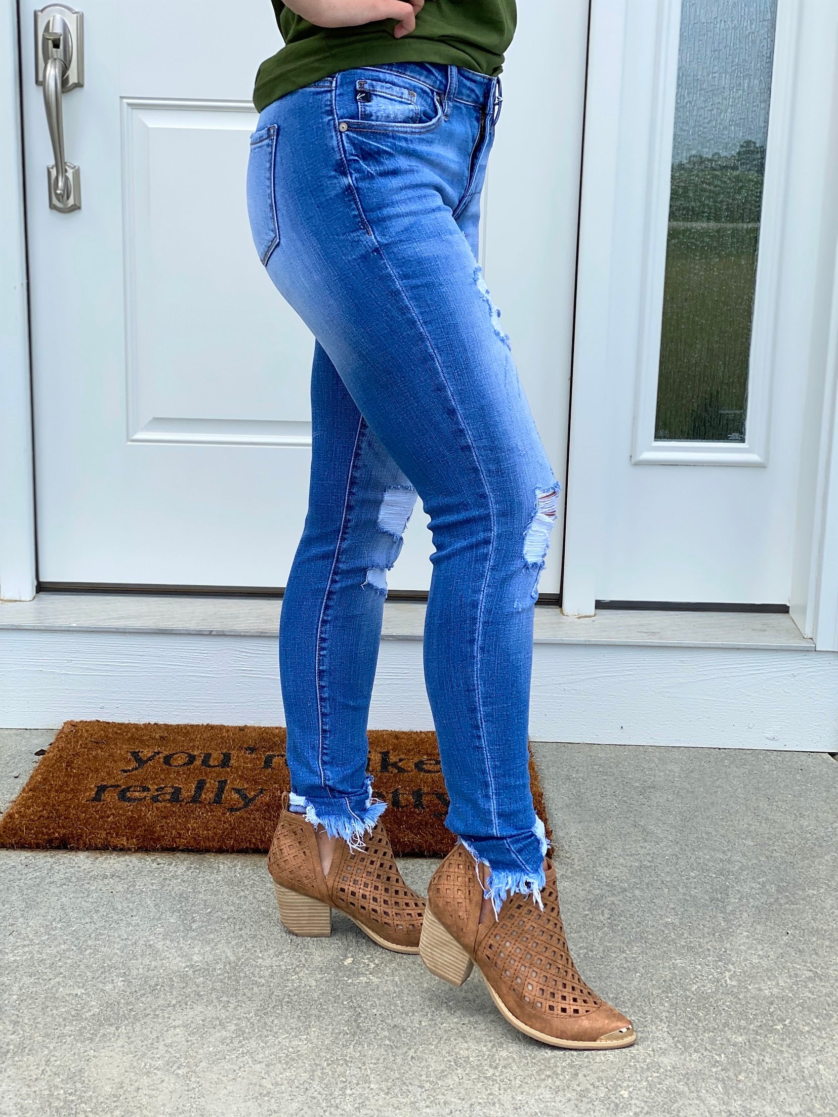 Bayli Distressed Denim Jeans