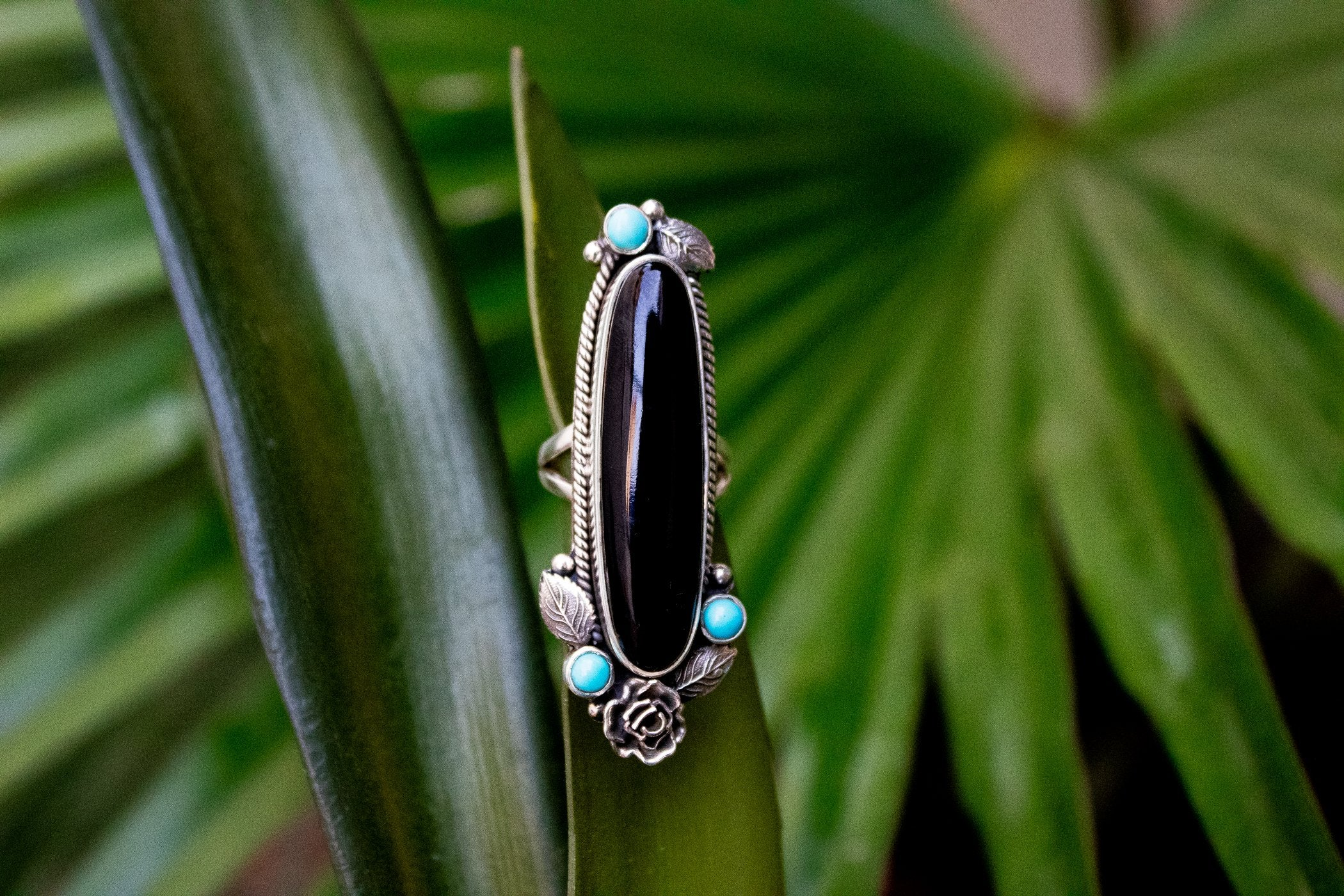 Black Onyx and Sleeping Beauty Ring with Roses AR-3005 - Its Ambra