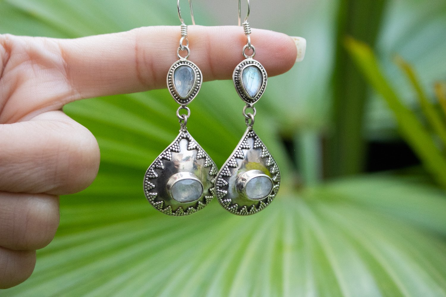 Handmade Sterling Silver Moonstone Earrings AE-1043 - Its Ambra