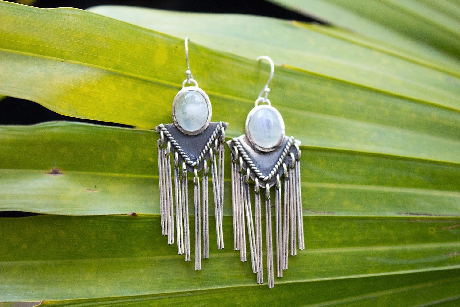 925 Sterling Silver Moonstone Fringe Earrings AE-1042 - Its Ambra