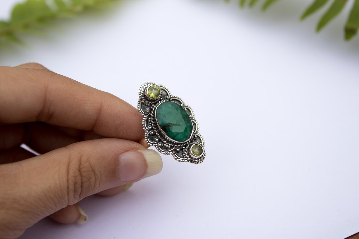 Emerald Ring, Emerald Gemstone Sterling Silver Ring, Handmade Ring, Fine Jewelry, Emerald Jewelry, AR-1139