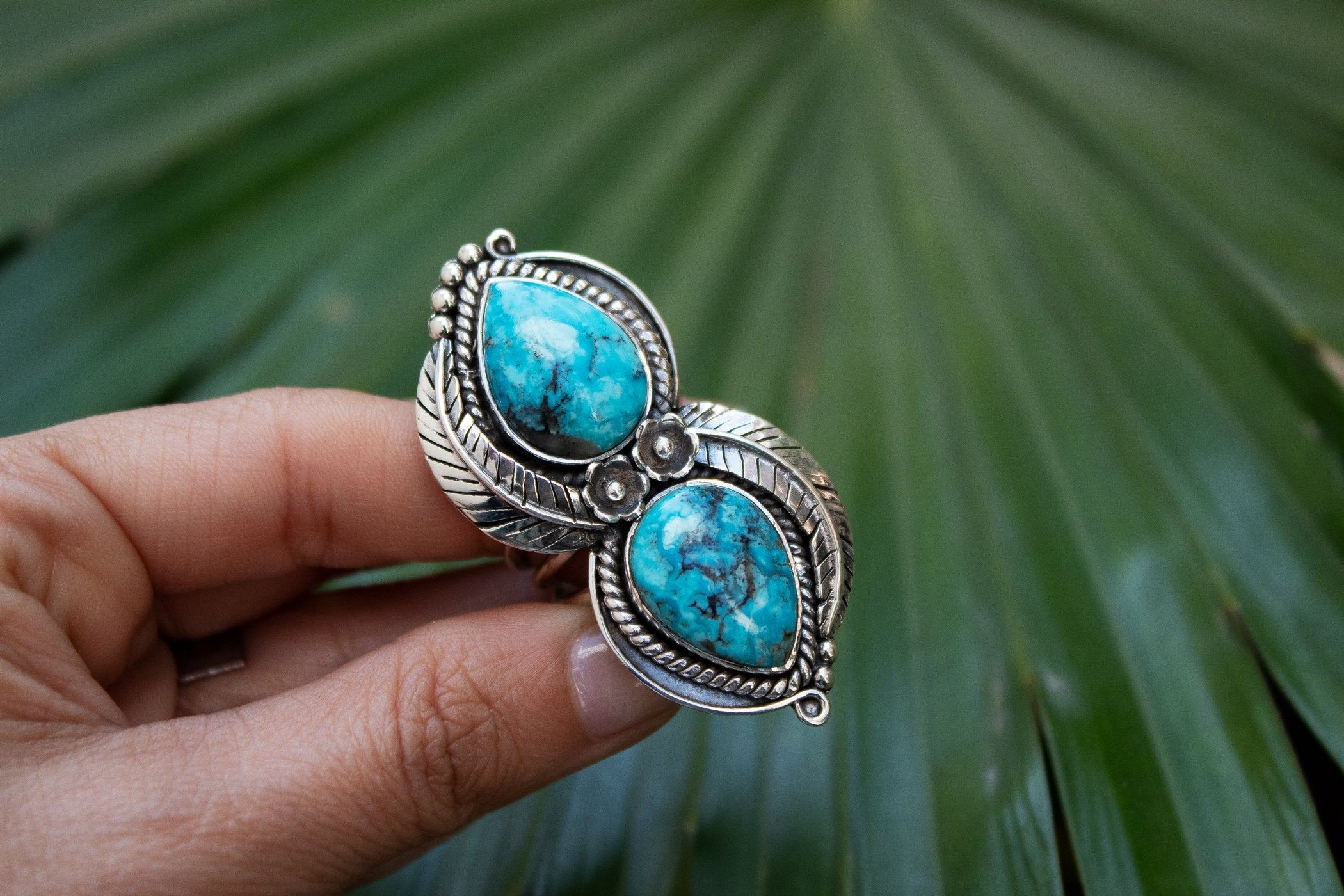 Handmade Arizona Blue Turquoise Floral and Leaf Ring AR-2037