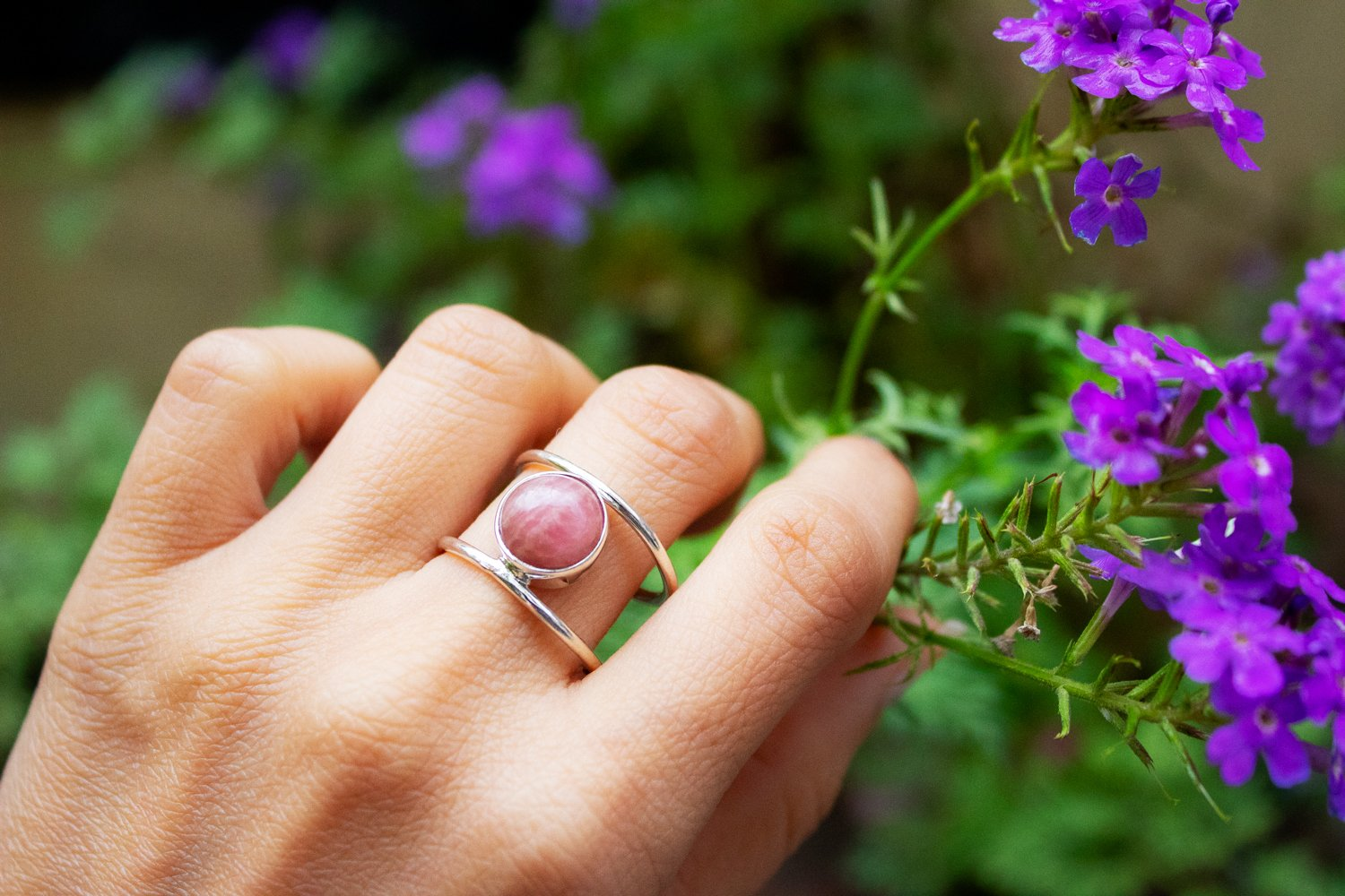 Rhodochrosite Ring with Double Thin Band AR-1239 - Its Ambra