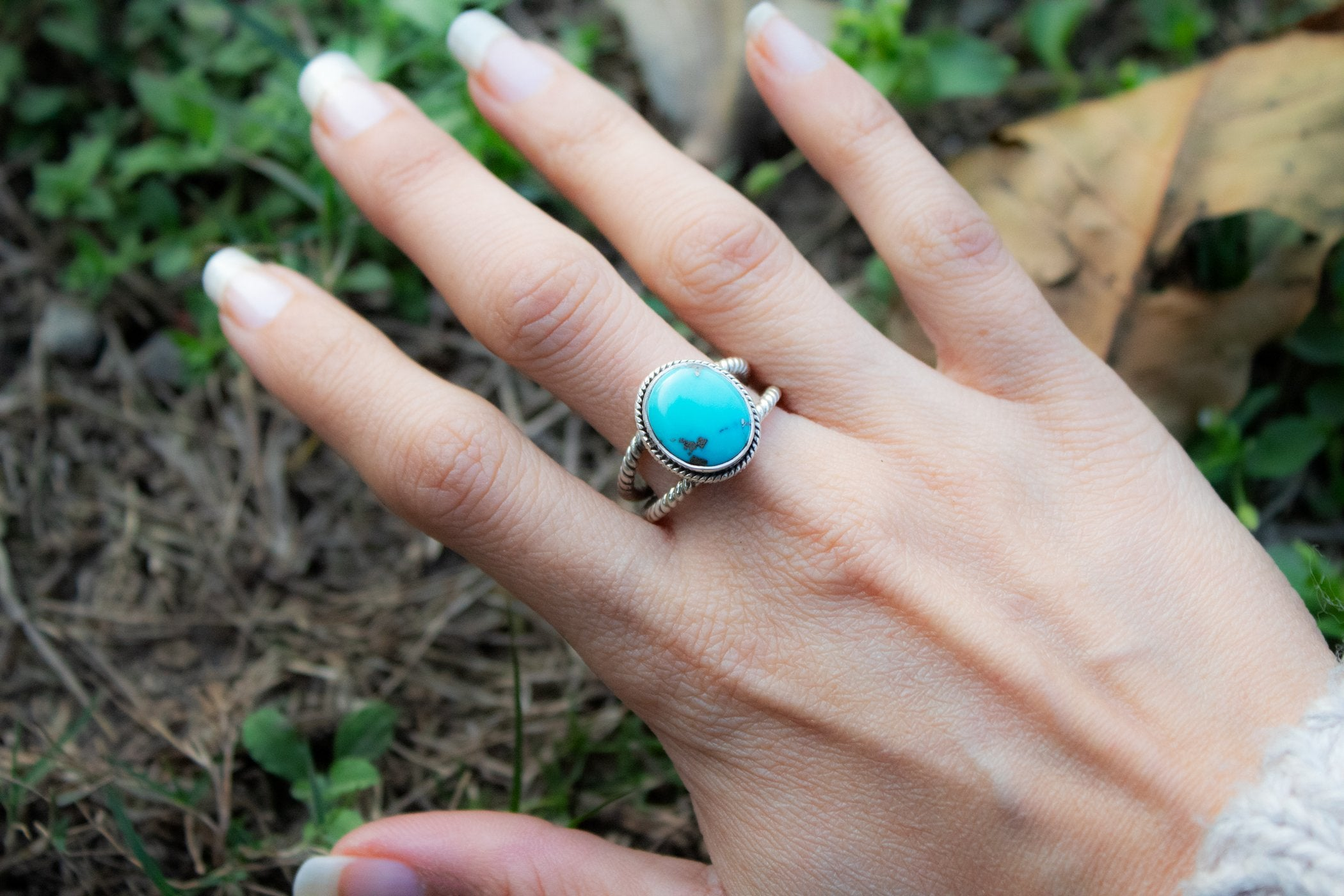Rope Band Arizona Turquoise Dainty Ring AR-2043 - Its Ambra