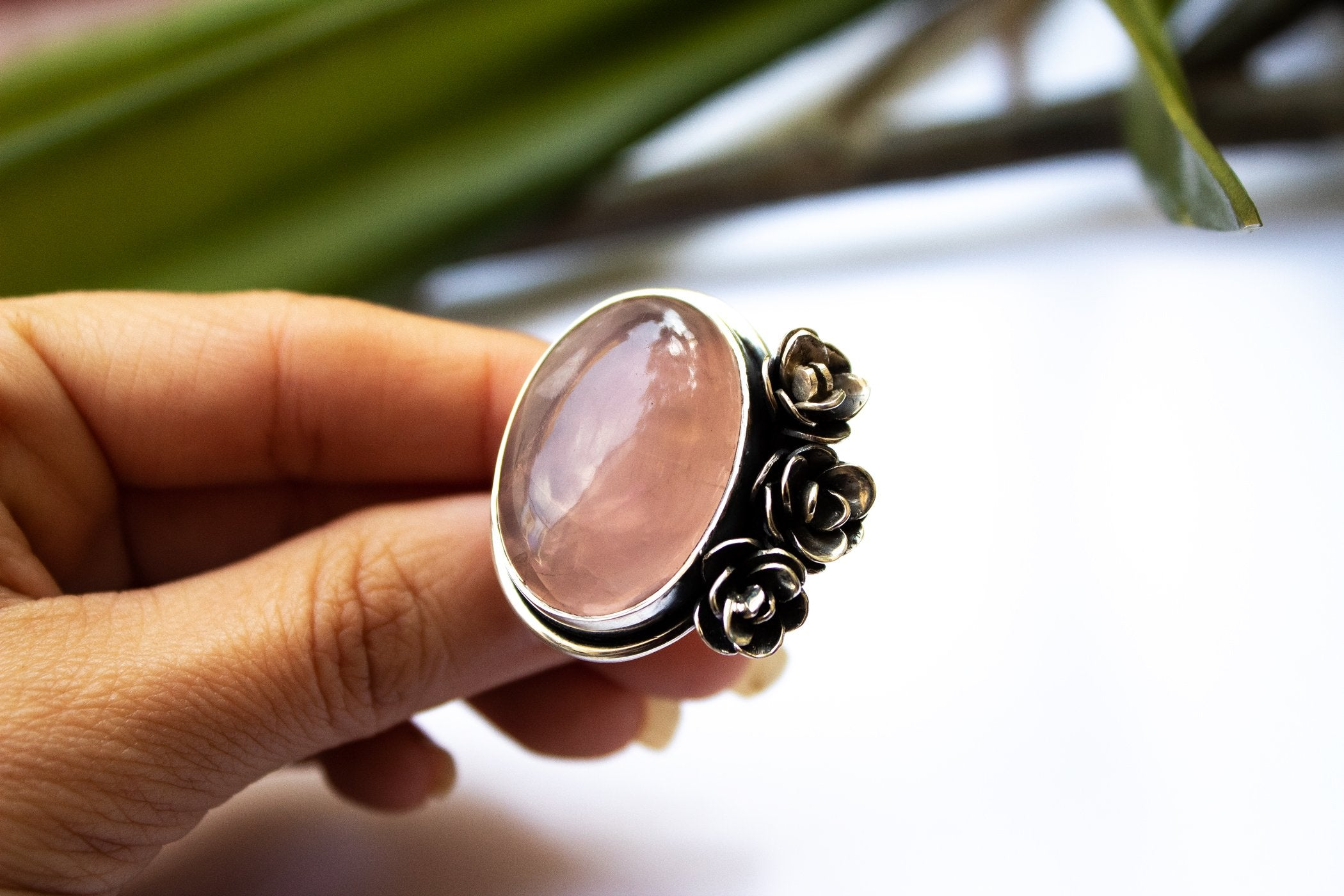 Oval 925 Sterling Silver Rose Quartz Flower Ring AR-2049