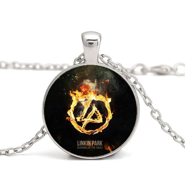 Never forget Pendant