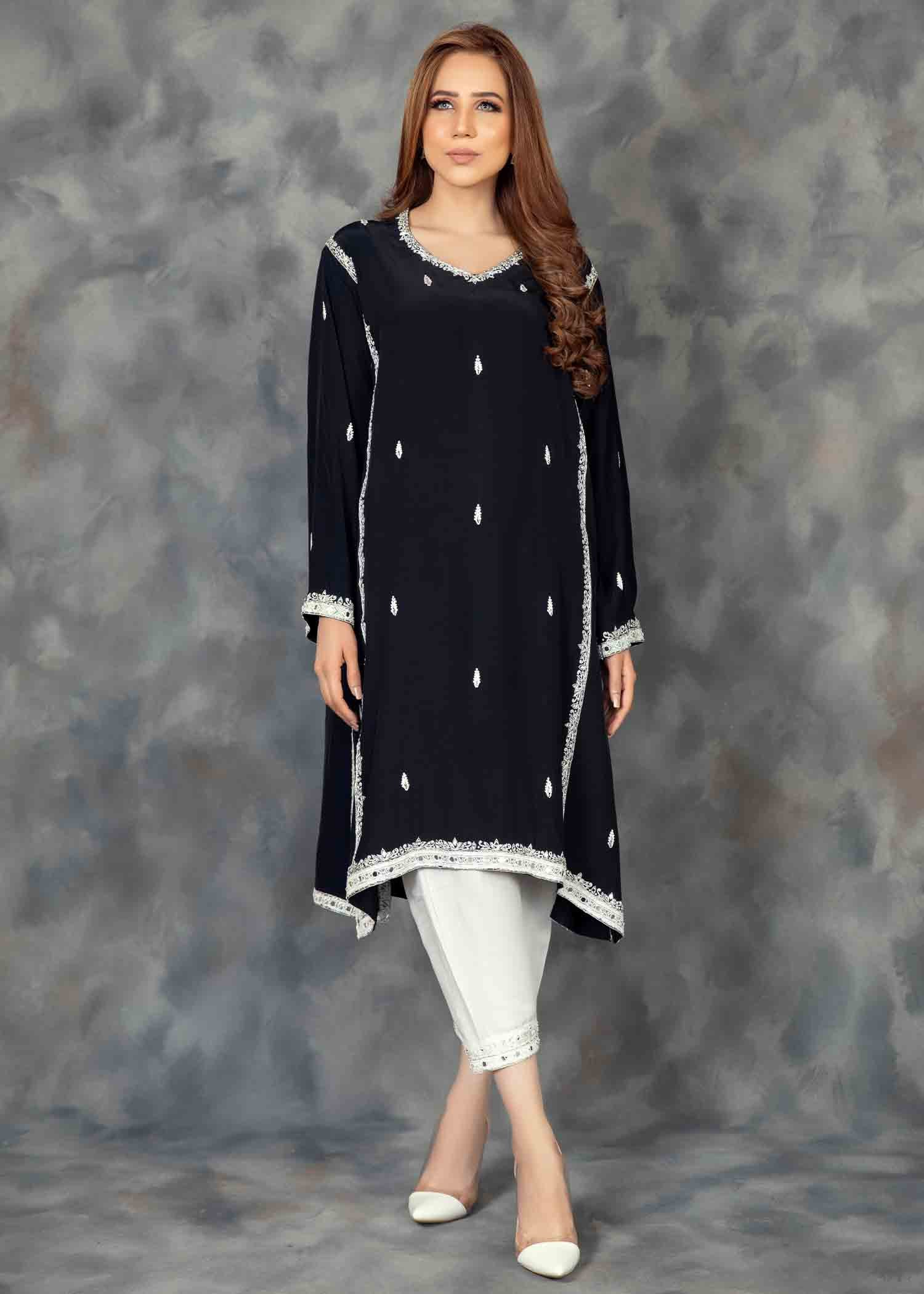 Black mirrorwork kurta