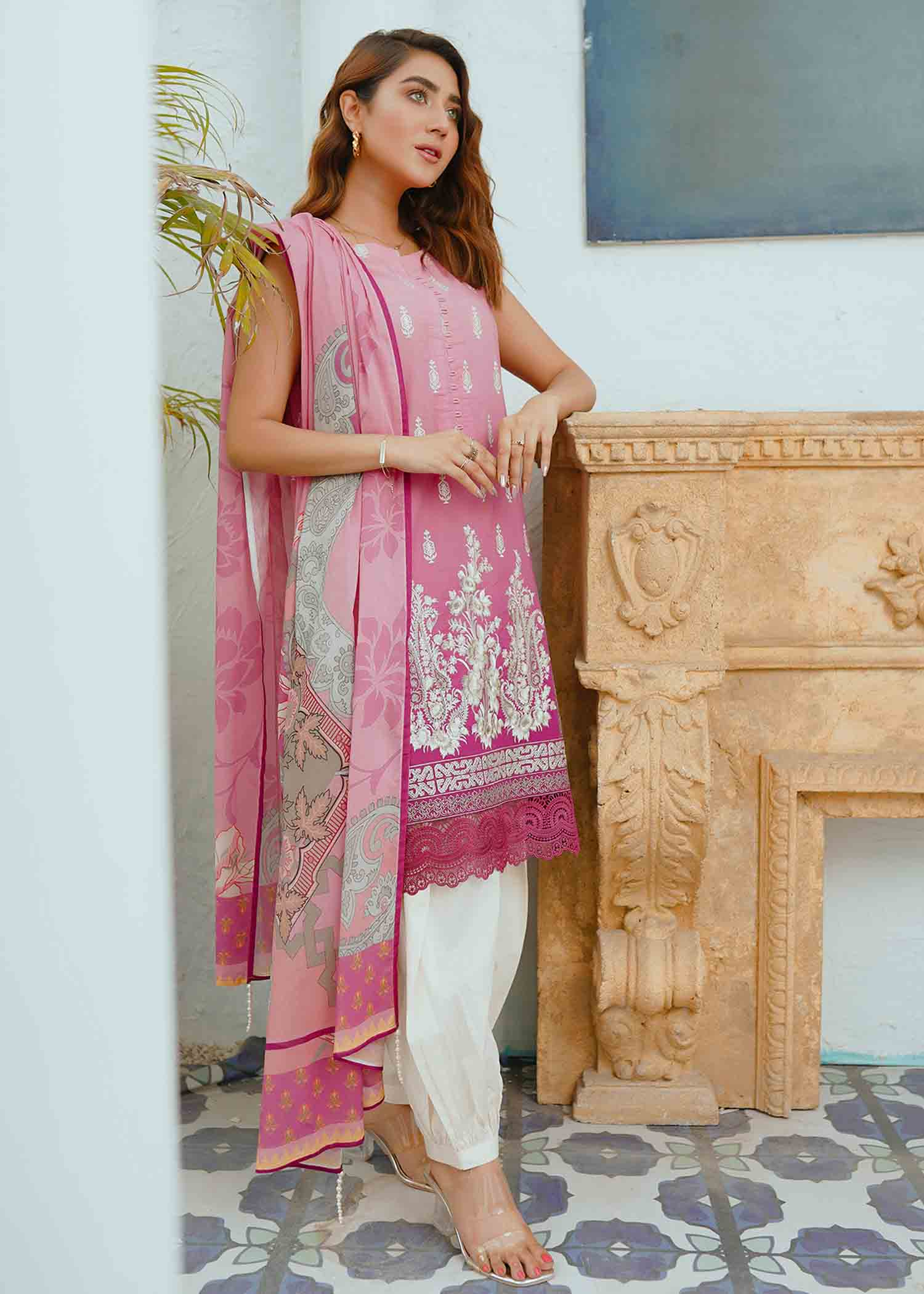 Dusty Rose Embroidered Lawn 3Pc NEL-21603