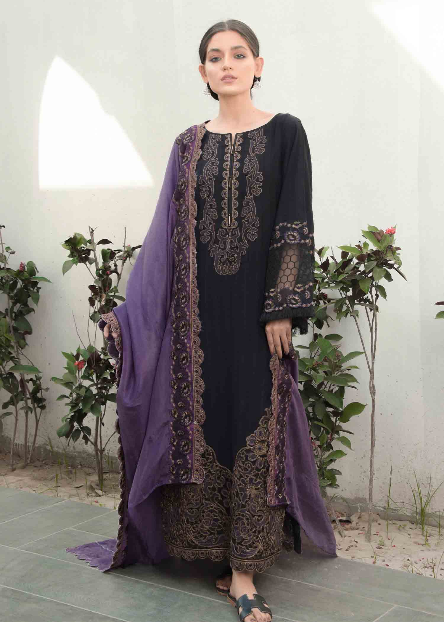 BLACK VELVET EMBROIDERED TEXTURED LAWN 3PC