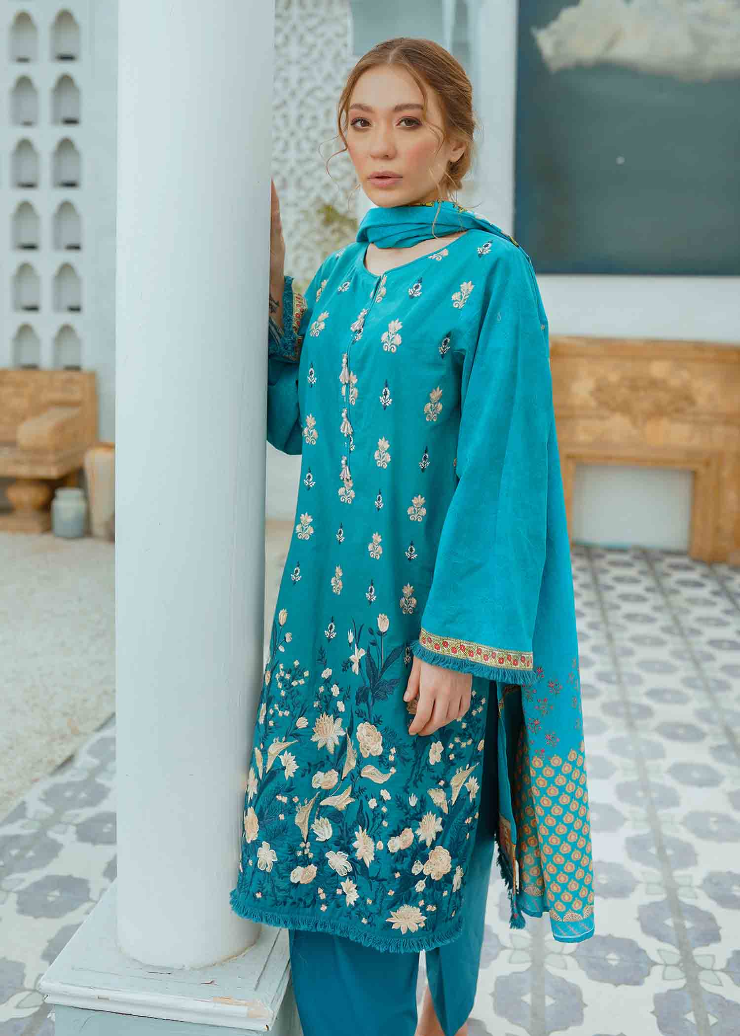 Ocean Rose Embroidered Lawn 3Pc NEL-21605