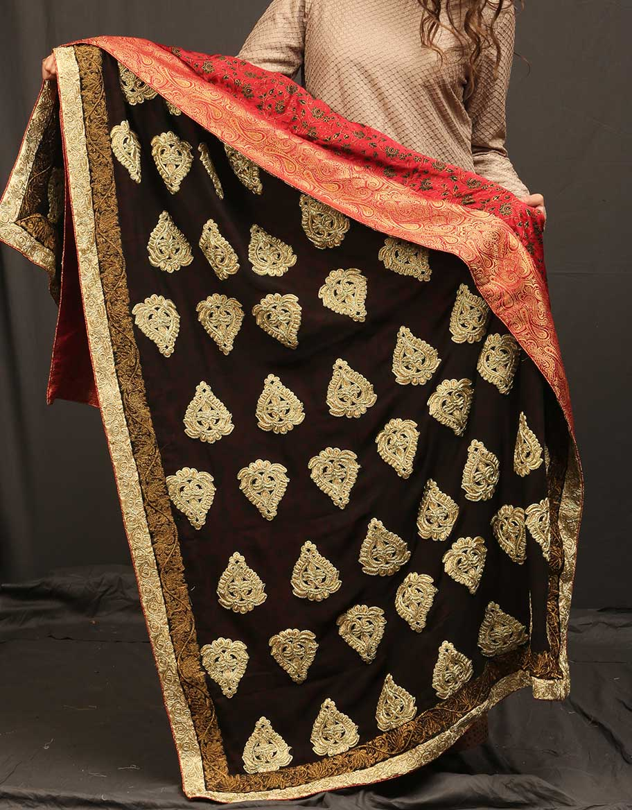 Double Sided Golden Motifs Shawl