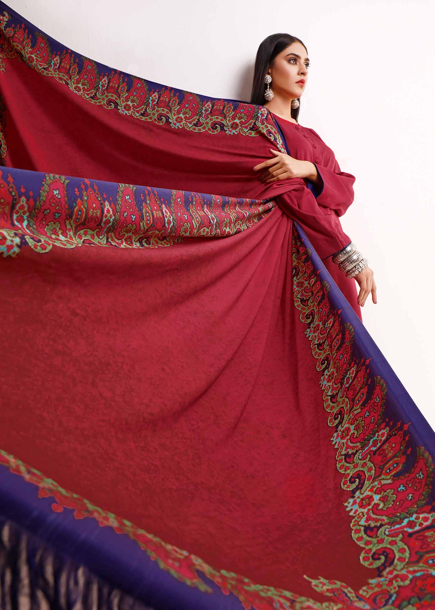 ASTRAKHAN SHAWL / SUIT