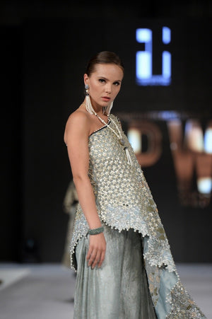 Online shopping pakistan clothing , Pakistani fancy dresses with prices , Online fashion store