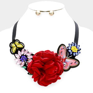 Hey Girl Statement Necklace