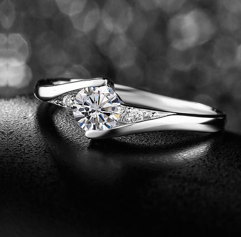 Abi Engagement Ring (Adjustable) - Loville.co