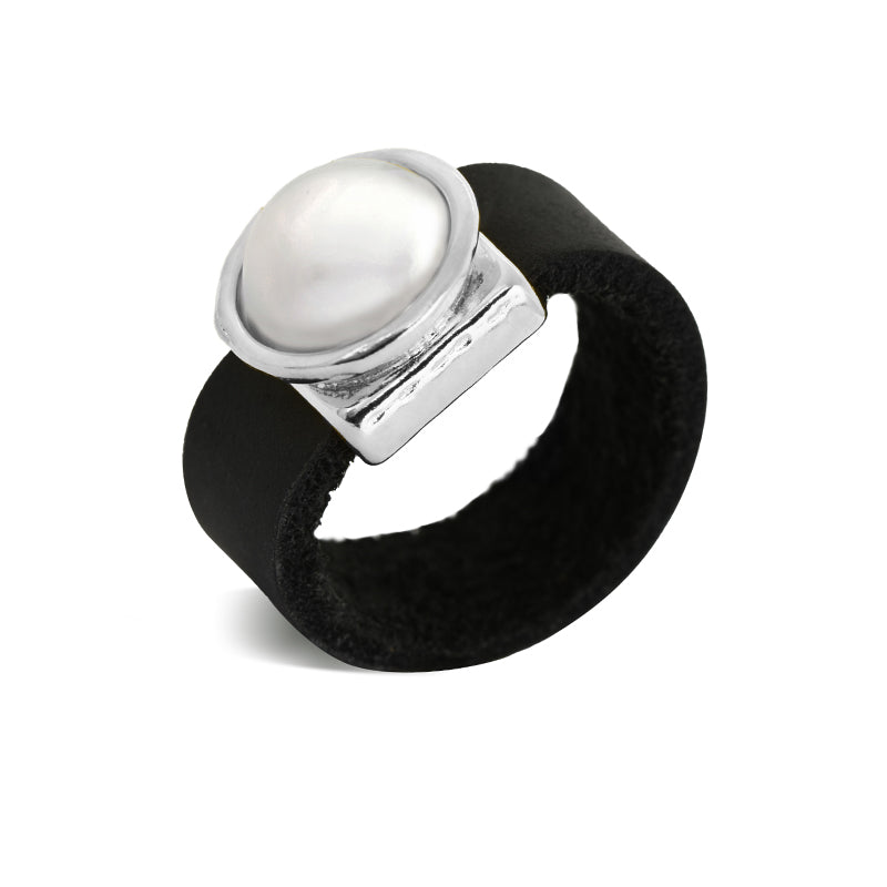 Pearl and leather silver plated ring - SEA Smadar Eliasaf