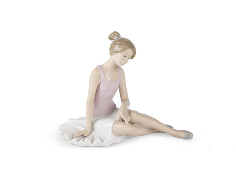 NAO Dancer Rested. Porcelain Ballerina Figure