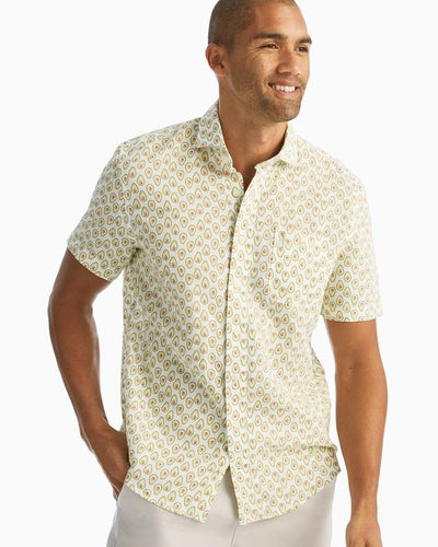 Russell Hangin' Out Cutaway Collar Short Sleeve Shirt