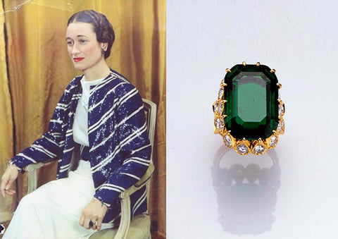 The Duchess of Windsor wearing her emerald engagement ring