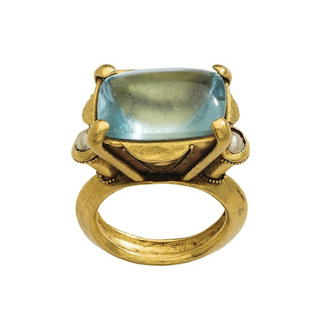 A gold Byzantine ring, likely to have been an engagement ring, featuring an aquamarine center stone with pearl accents