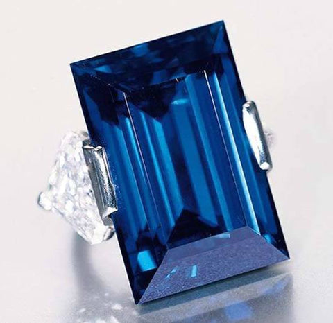 The Rockefeller Sapphire, an Art Deco ring with a 62.02 carats sapphire