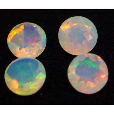4 Stones - 1.08 ct Opal 5mm Faceted Round