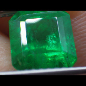 2.5 ct GIA Certified Emerald