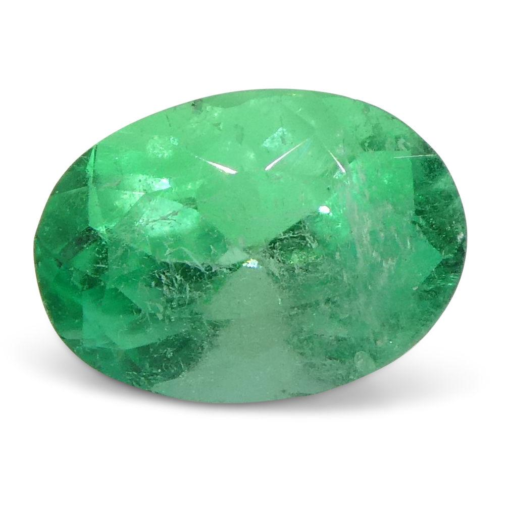 0.8 ct Oval Emerald Colombian
