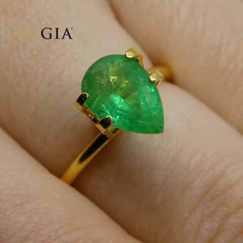 1.64 ct Pear Emerald GIA Certified Russian