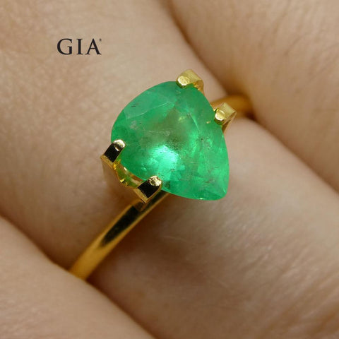 1.56 ct Pear Emerald GIA Certified Colombian F1/Minor
