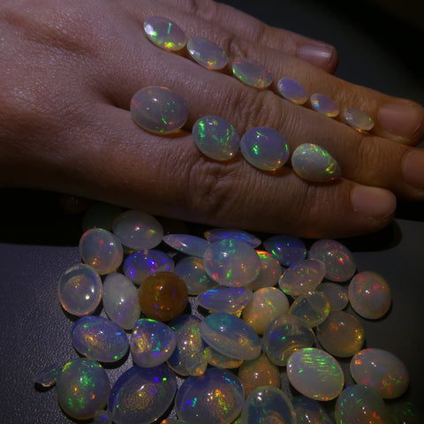 125ct Opal Oval/Pear/Round Cabachon/Faceted Wholesale Lot