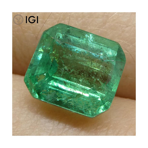 3.72 ct Emerald Cut Emerald IGI Certified Zambian