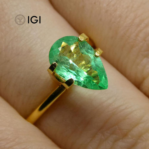 1.23 ct Pear Emerald IGI Certified Colombian with Inscription
