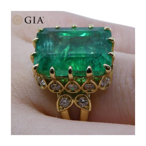 9.54 ct GIA Certified Emerald 18kt Gold Diamond Ring