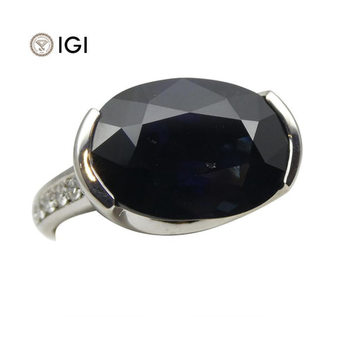 Fine Quality 12.21ct IGI Certified Unheated Blue Sapphire & Diamond Ring in 18kt White Gold