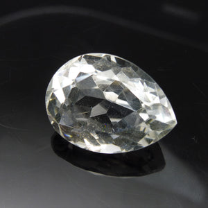 31.67 ct Pear Shape White Quartz