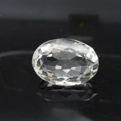 25.72 ct Oval White Quartz