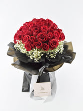 Load image into Gallery viewer, Beloved - 50 Roses| Ipoh Free Delivery | Ipohfreshflower.com