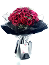 Load image into Gallery viewer, Fresh Flower and Gift Delivery| Ipoh Free Delivery| Ipohfreshflower.com