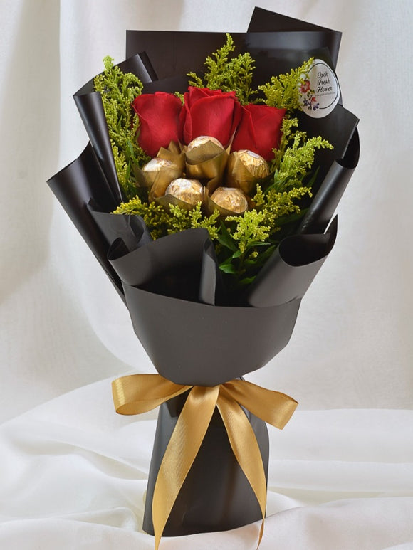 Somerset Heaven chocolate bouquet|Fresh Flower Bouquet| Ipoh Free Delivery| Ipohfreshflower.com