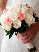 Load image into Gallery viewer, Personalise bridal bouquet|Ipoh Online Florist| ipohfreshflower.com